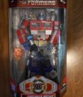 Transformers Classics: 20th Anniversary Battle Damaged Optimus Prime Figure